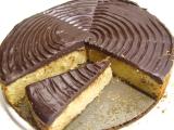 Rýchly jablkový koláč s čokoládovou polevou ganache