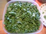 Cesnakové listy-polotovar na prípravu pokrmov