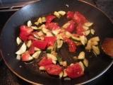 Cestoviny s paradajkami a cuketou