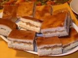 Jablkovo-tvarohový koláč s medom