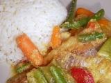 Karí ryba so zeleninou