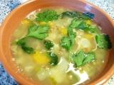 Mäsová polievka s pohánkou a bylinkami