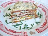Palacinková torta s paradajkami