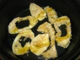 Patizónové podkovičky máčané v pikantných vajíčkach