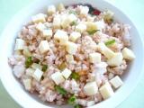 Ryžový šalát so syrom