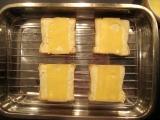 Syrové toasty s broskyňou