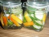 Uhorkové rezy s paprikou