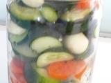 Uhorky s mrkvou