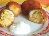 Vyprážané plnené vajíčka