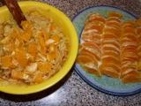 Závin s náplňou z pomaranča, jabĺk a medovky
