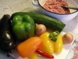 Mäsové guľky s cestovinami a zeleninou