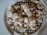 Zemiakové taštičky plnené mäsovou náplňou /Taštičky s masem a žampióny