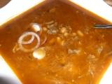 Guláš z vareného mäsa a fazuľou /Guláš z vařeného masa s fazolemi