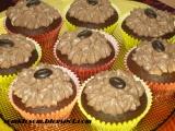 Kakaové košíčky - cupcakes s kávovým krémom