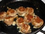Kelový prívarok s mäsovými guľkami od Amalie