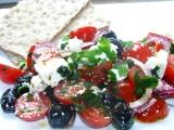 Paradajkový šalát s balkánskym syrom