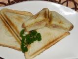 Toasty s tuniakom / Tousty s tuňákem
