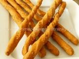 Slané celozrnné paprikové tyčinky so syrom /Celozrnné paprikové tyčky se sýrem