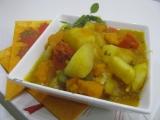 Guláš so zemiakmi a tekvicou hokkaido