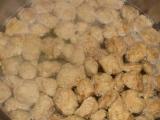 Hydinové mäso so zeleninou a sójovými kockami /Drůbeží maso se zeleninou a sojovými kostkami