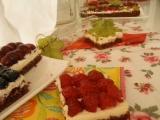 Koláč s ovocným šalátom