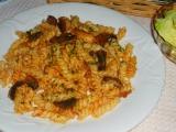 Cestoviny s hubami a mäsom /Těstoviny s houbami a masem