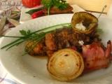 Važecká pochúťka - mäsové soté v zemiakovej placke