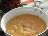 Veľmi rýchla fazuľová kyslá  polievka s udeninou