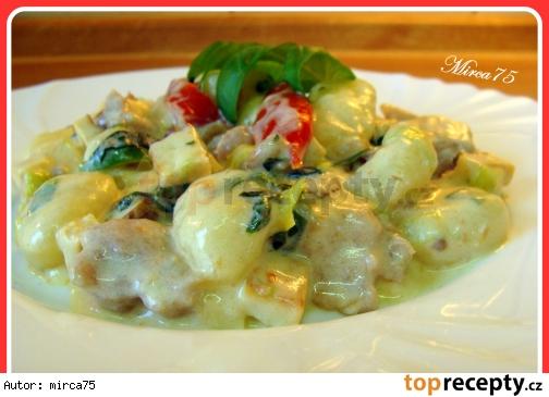 Gnocchi s údeným tofu a kyslou smotanou/Gnocchi s uzeným tofu a zakysanou smetanou