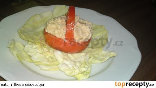 Košíček z paradajky s krémom z nivy