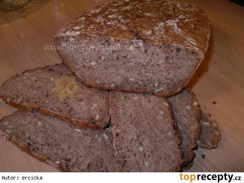 Ražný chlieb zo šrotu a s ryzou