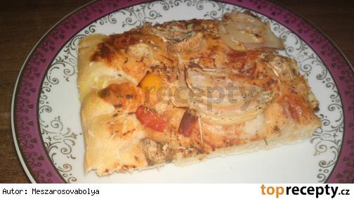 Šampiónovo-papriková pizza