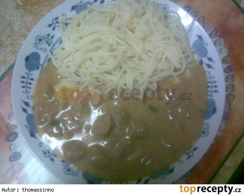 Sojové maso se smetanovo - česnekovou omáčkou