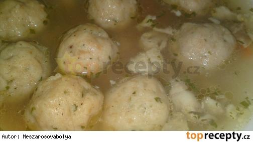 Žemlové knedličky do polievky
