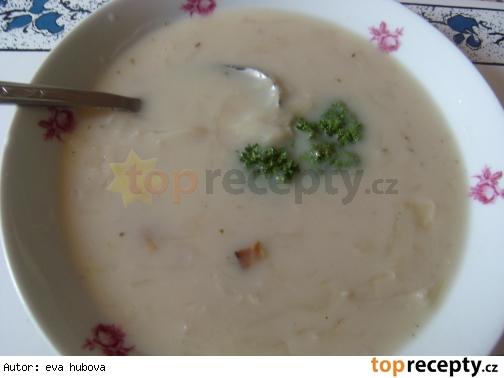 Kapustová polievka s krúpami