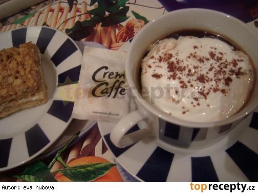Klasická viedenská káva