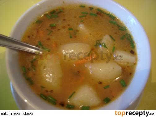 Madarská zemiaková polievka mojej mamy