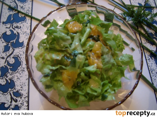 Zelený šalát s ovocím