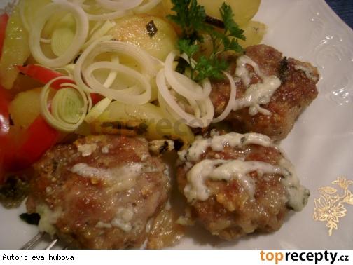Pečené karbonátky so zemiakmi  / Pečené karbenátky s bramborem