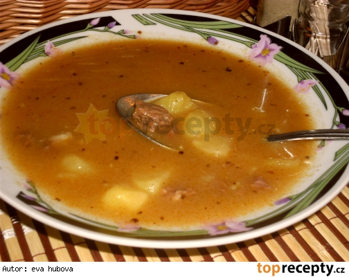 Gulášová polievka /Gulášová polévka