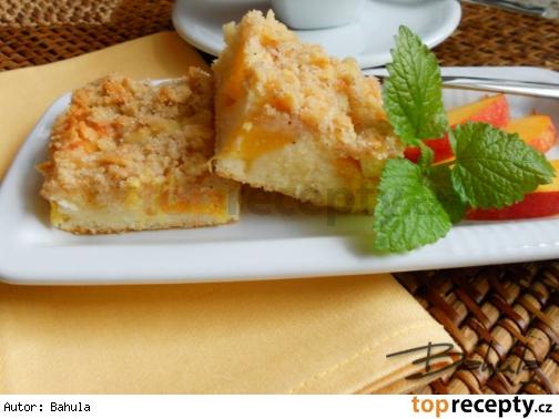 Ovocný koláč s mandľami /Ovocný koláč s mandlemi
