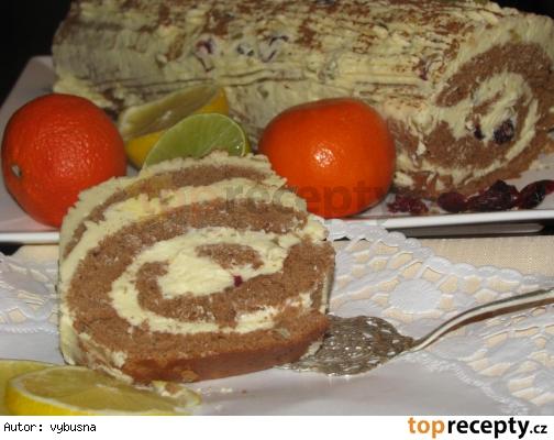 Zimná čokoládová roláda s kandizovaným ovocím vo vanilkovom kréme