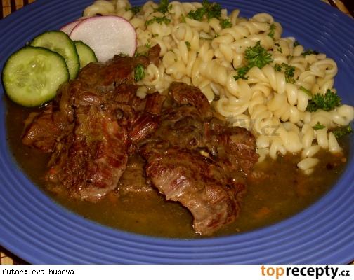 Hovädzie dusené s hubami /Hovězí maso dušené s houbami