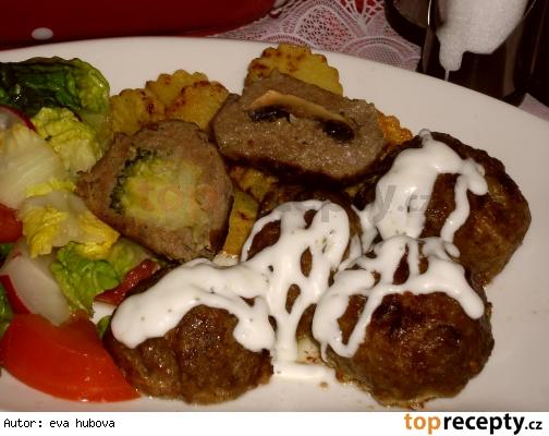 Mäsové guľky plnené brokolicou, alebo žampiónami /Masové kuličky plněné brokolicí a žampióny
