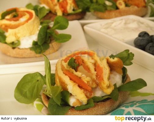 Omeleta s udenym tuniakom a krevetami