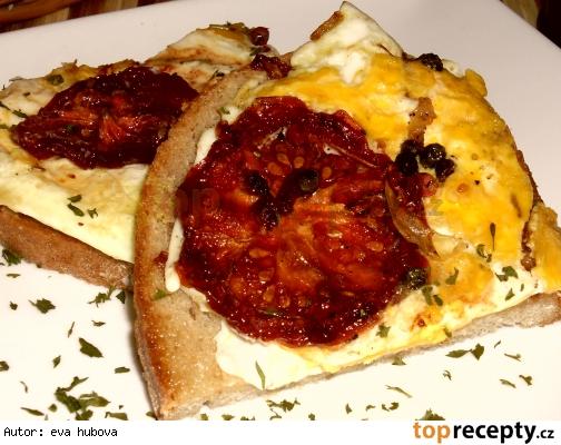 Vajíčka so sušenými paradajkami /Rychlá svačinka - Vejce se sušenými rajčaty