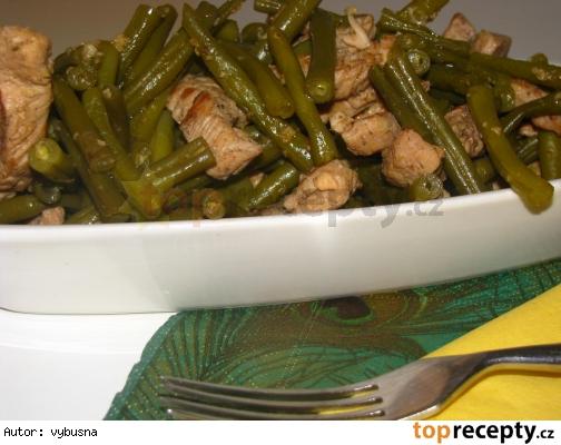 Šalát z morčacích pŕs a zelenej fazuľky