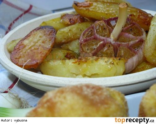 Šalviové pečené zemiaky s pomarancovou kôrou