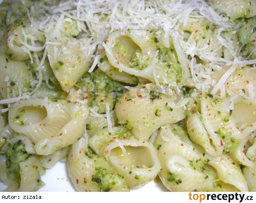 Cestoviny s brokolicou podla Gurmánky /Těstoviny s brokolicí podle Gurmánky