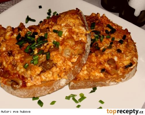 Vajíčková zmes na hrianky s hlivou /Vaječná směs na topinky s hlívou